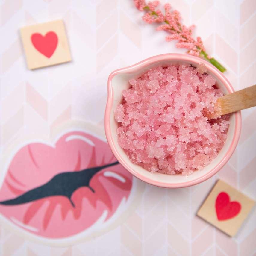 DIY Watermelon Lip Scrub