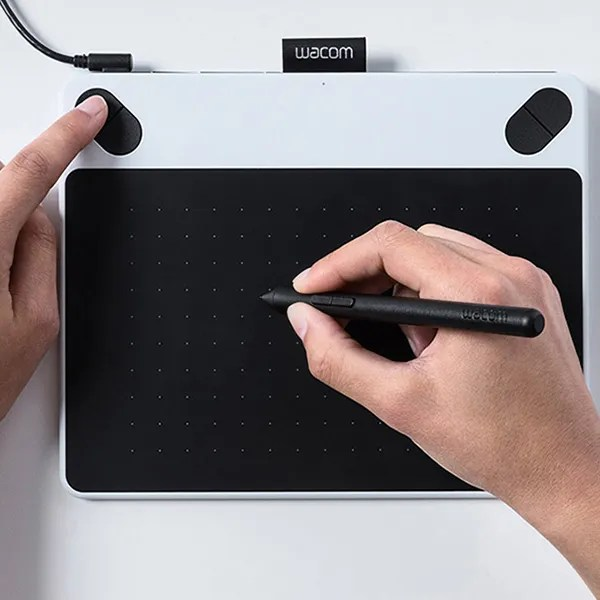Tech-Savvy Hands on Review: Wacom Intuos Draw