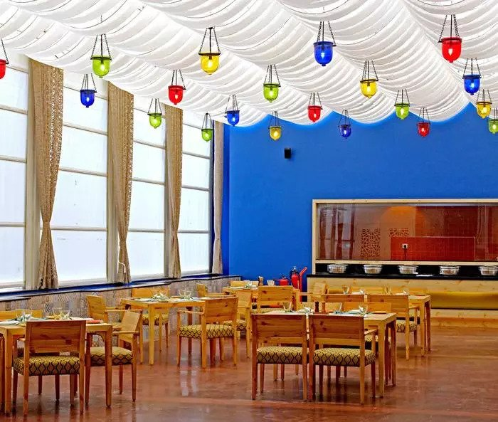 Bengaluru! Buffet Lunch At This Classy Restaurant For Just INR 849 Is At Half Price With Twice Fun!