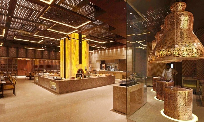 Jaipur! If You Wish To Have An Over-The -Top Buffet Experience Then These 3 Restaurants Are Your Spots!!