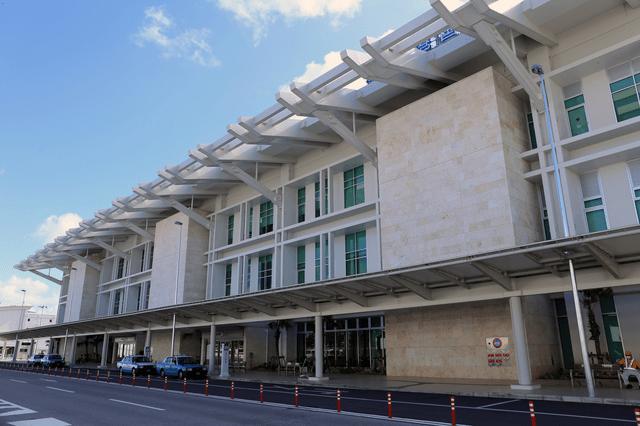 那覇空港から羽田空港国際までの行き方は?それぞれの所要時間と交通費を解説