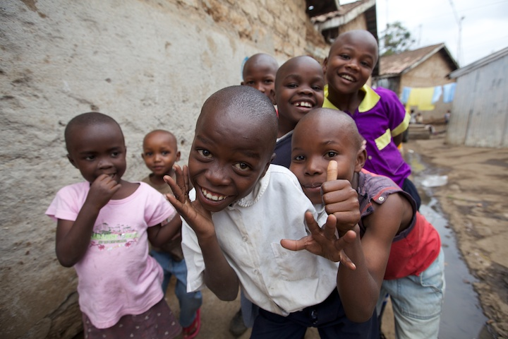 Children in the Mathare slum of Kenya | Photo by Nelson Guda © 2019