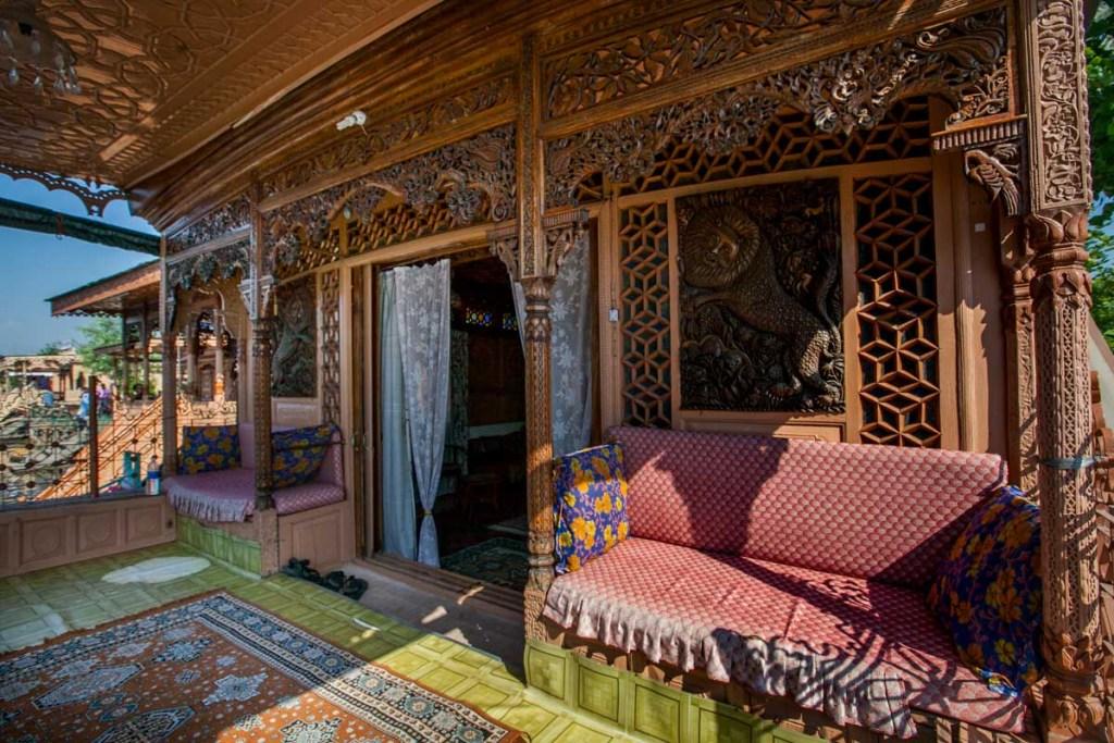 Kashmir Hilton Front Porch Houseboat © Nelson Guda 2019