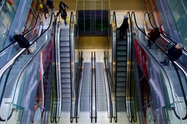 escalator-711793_1280