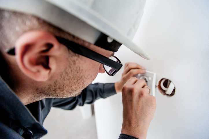 upgrading to programmable thermostat
