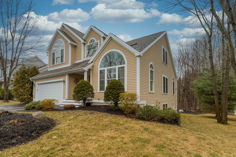 30 Exeter Farms Road, Exteter, NH