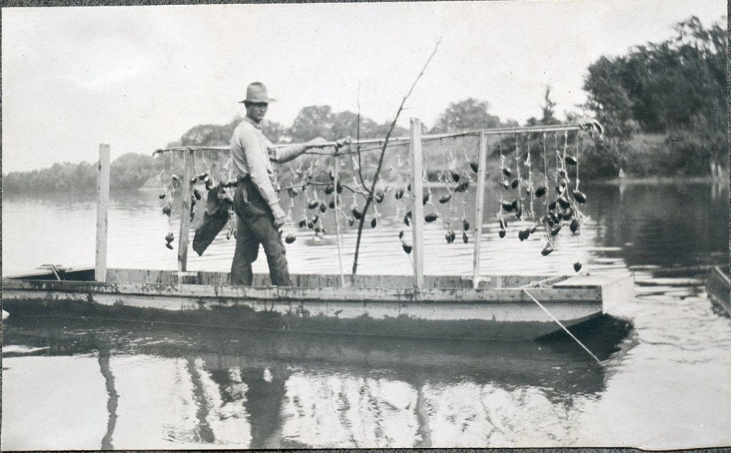 rock river clamming near Beloit WI ca 1911 Lloyd Ballard
