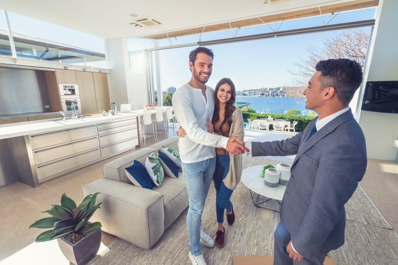 5 Ways Real Estate Agents Are Building Relationships with Neighborhood Sponsorship Posts