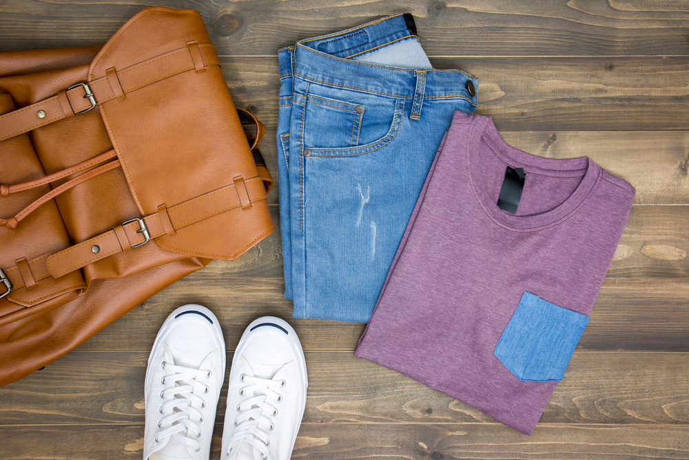 top 20 travel tips 2017-clothes