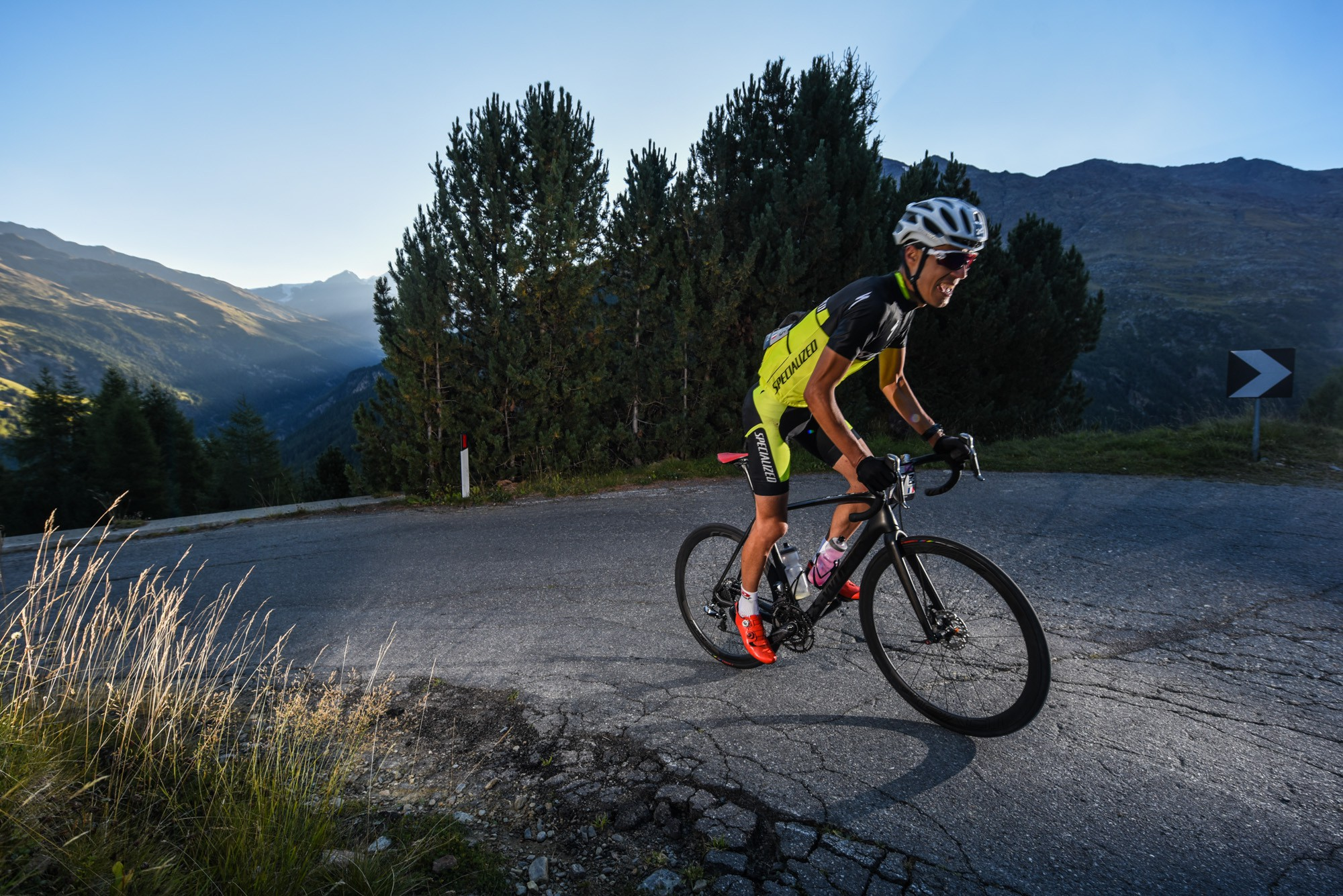 Nicolas raybaud specialized in the rise of the passo di giau during haute route