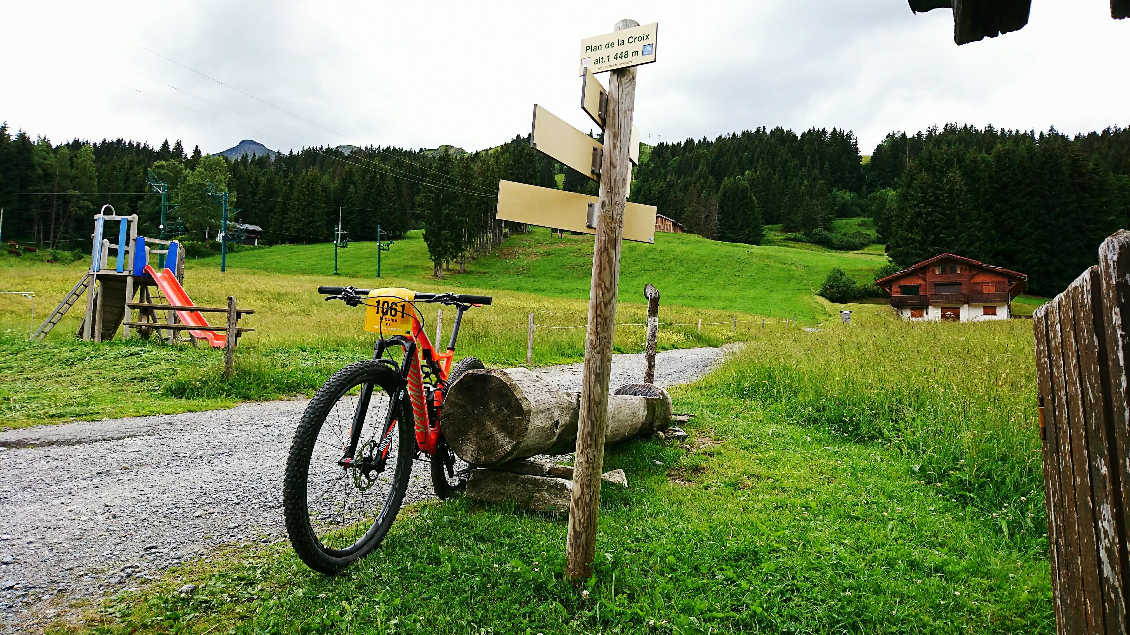 plateaux de la croix saint nicolas de véroce mb race specialized