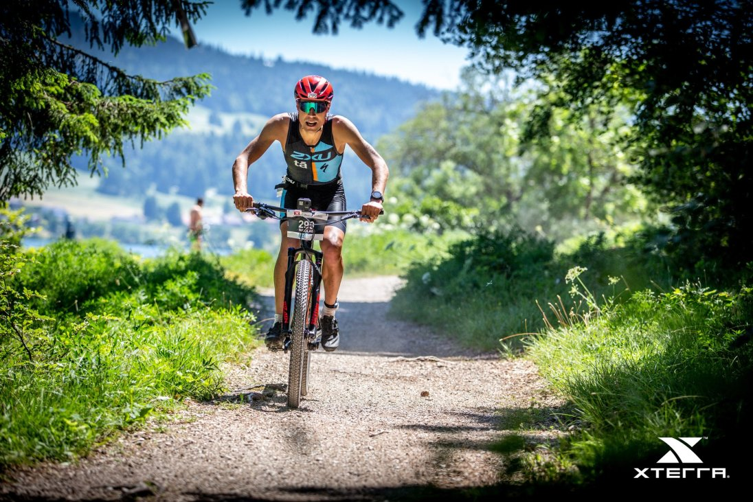 nicolas raybaud en VTT epic S-Works lac brenet xterra switzerland