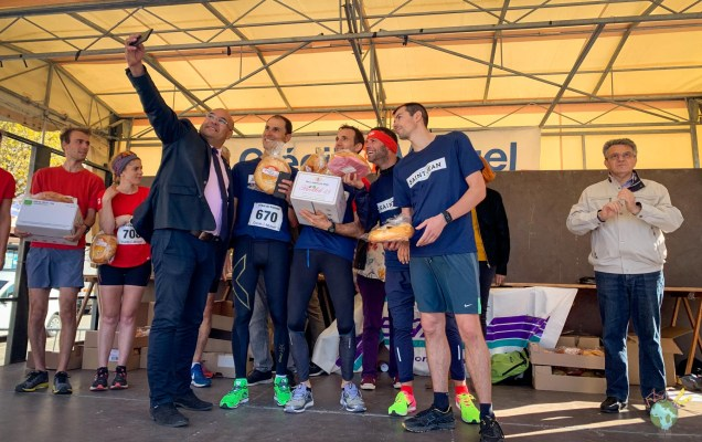 victoire de l'entreprise saint jean sur le podium