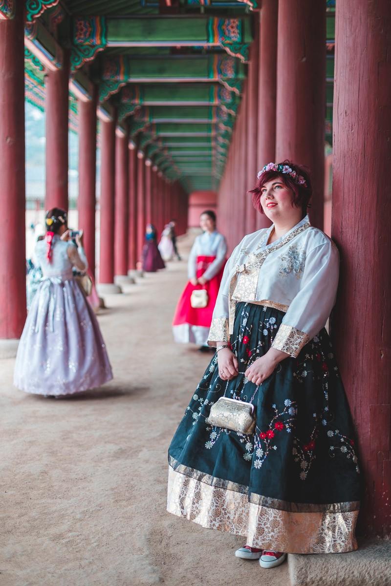 Ninaah Bulles, hanbok, grande taille, couple look, seoul, corée du sud, Gyeongbokgung, amour