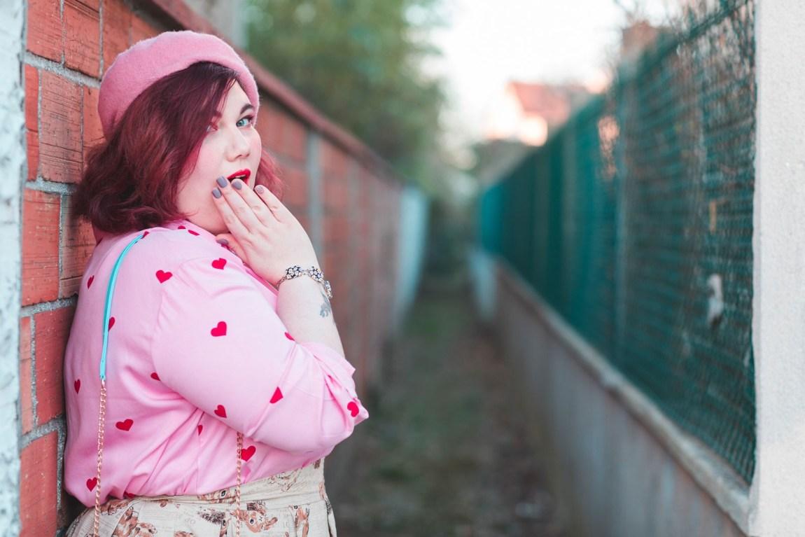Ninaah Bulles, lapin, diy, mode grande taille, fantaisie, junarose, coeur, rose, collants, ronde curvy, blogeuse