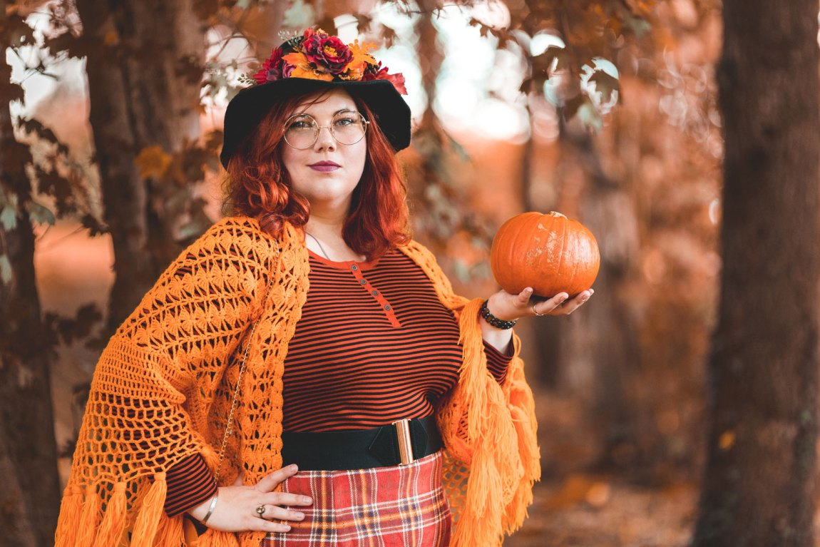 ninaah bulles, citrouilles, citrouille, halloween, sorciere, grande taille, shein, c&a, look, ginger hair, witch, shein plussize