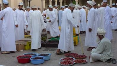 Dattelmarkt im Suq von Nizwaamd