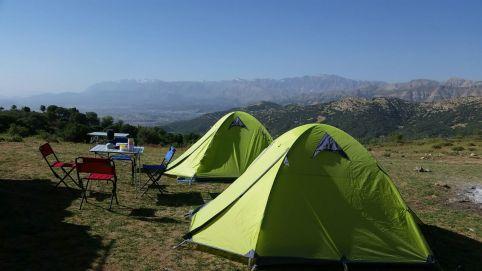 Campplatz hoch über den Wolken