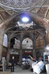 Iran: Alte Karawanserei am Basar von Quazvin