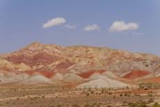 Iran: Bunte Berge vor Tabriz