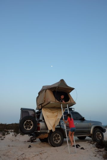 Oman Barr al-Hikman: Mit der Familie an einem abgelegenen Strand campen