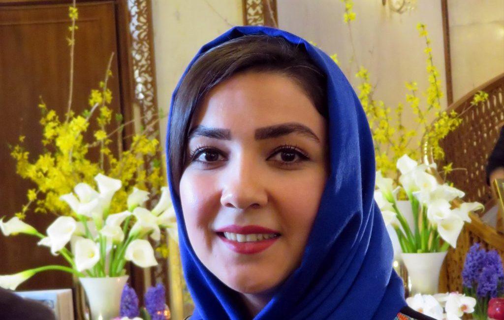 Iran: junge Frau