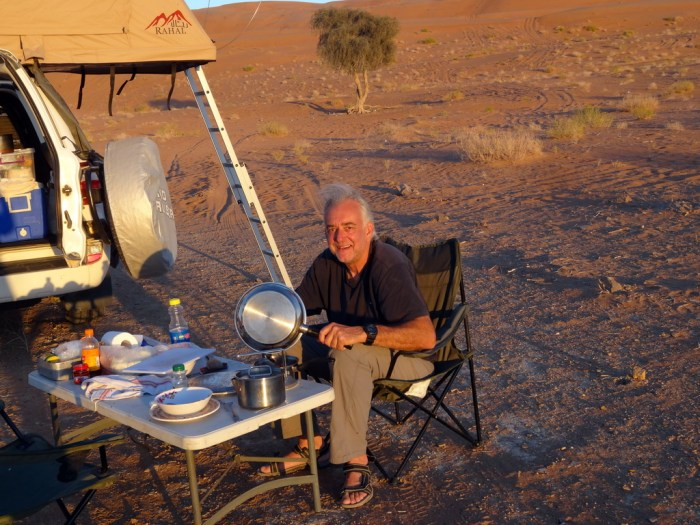 Oman: nicht ganz passende Campingstühle