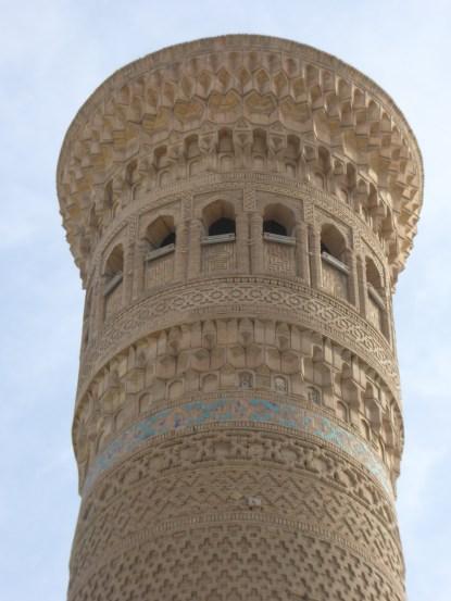 Minarett einer alten Moschee in Usbekistan