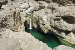 Wadi mit Wasserfall