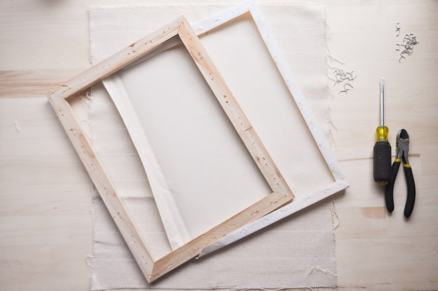 Punch needle frame Take off canvas from wood frame