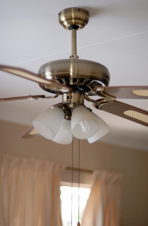 Diy Guide On How To Balance A Ceiling Fan Diy Projects
