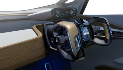 nissan-driverless-car-9