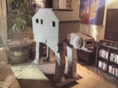 AT-AT Kratzbaum