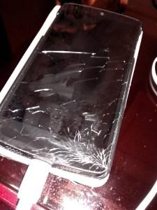 面板破裂的 Nexus5