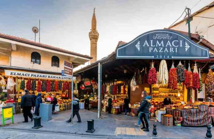 Antep'te Yemek Alışverişi Almacı Pazar