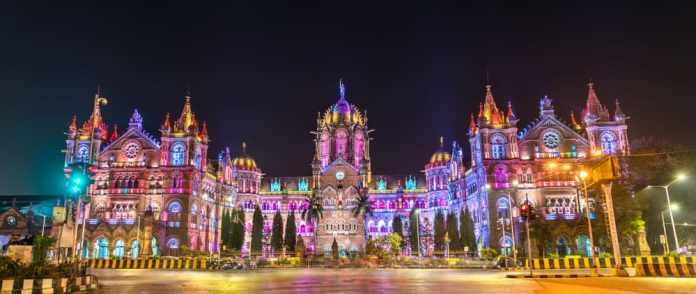 Chhatrapati Shivaji Tren İstasyonu, Mumbai, Hindistan