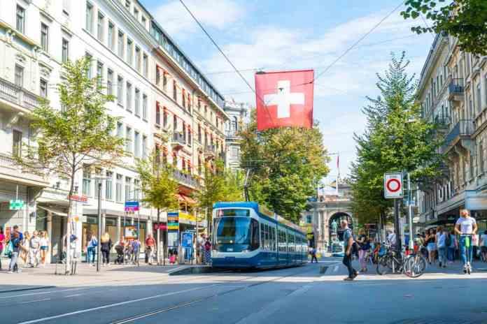 İstasyon Caddesi (Bahnhofstrasse), Zürih, İsviçre