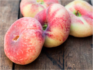 Flat peaches from Natoora