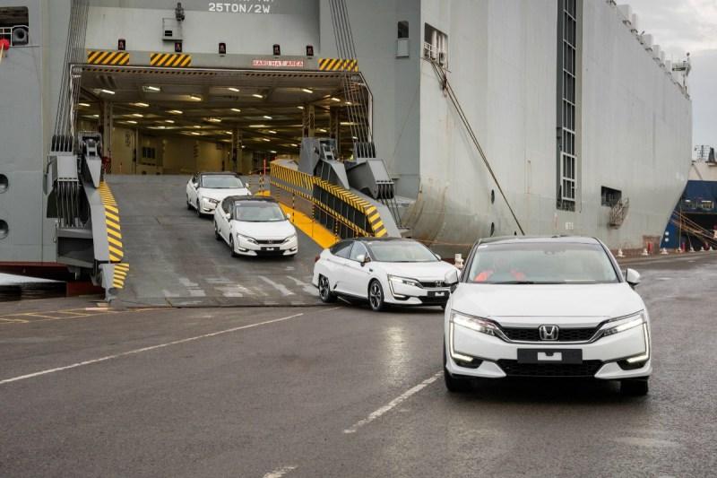 Primeros Honda Clarity Fuel Cell en llegar a Europa