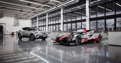 Los modelos de calle se parecen al Toyota de Fernando Alonso más de lo que crees