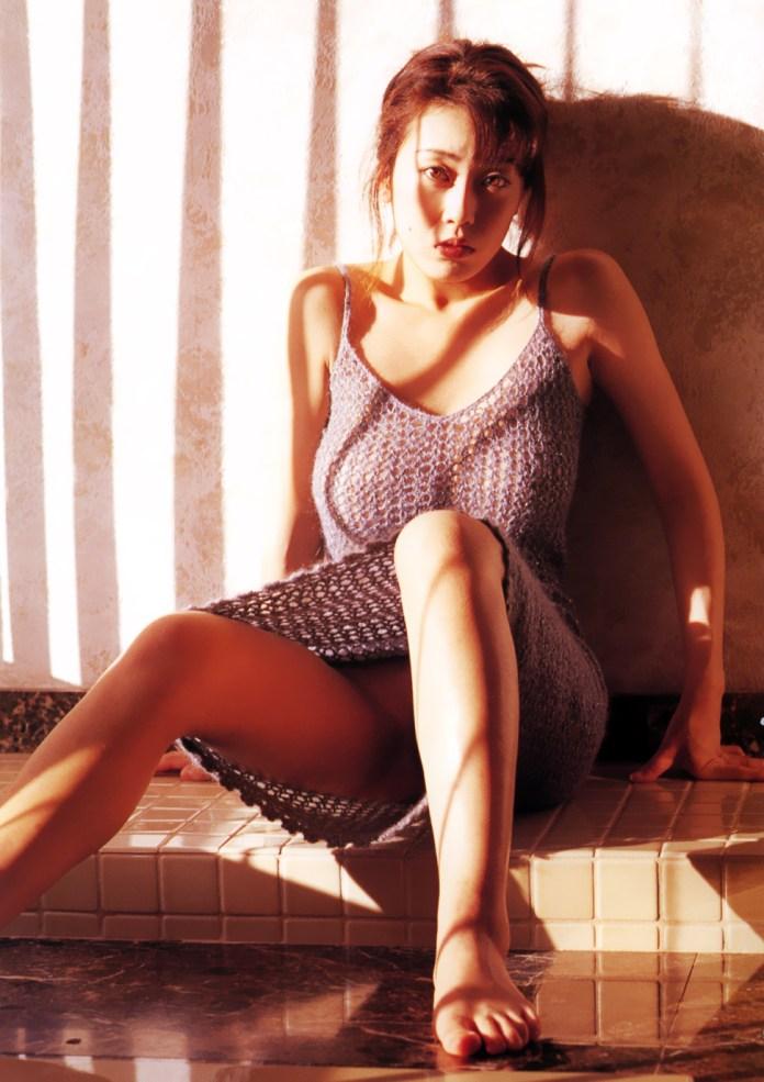 Japanese-gravure-model-AV-actress-Ayaka-Fujisaki-www.ohfree.net-020 Japanese gravure model, AV actress Ayaka Fujisaki 藤崎彩花