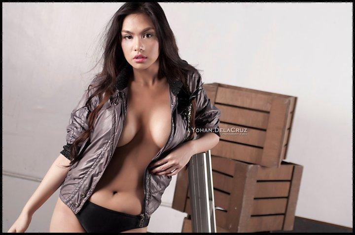 filipina-model-jahziel-r-manabat-nude-www-ohfree-net-003
