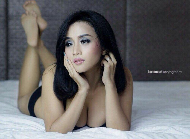 indonesian-model-chacy-luna-callista-semi-nude-www-ohfree-net-012