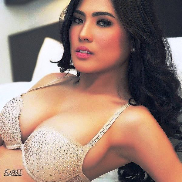 Indonesian nude model