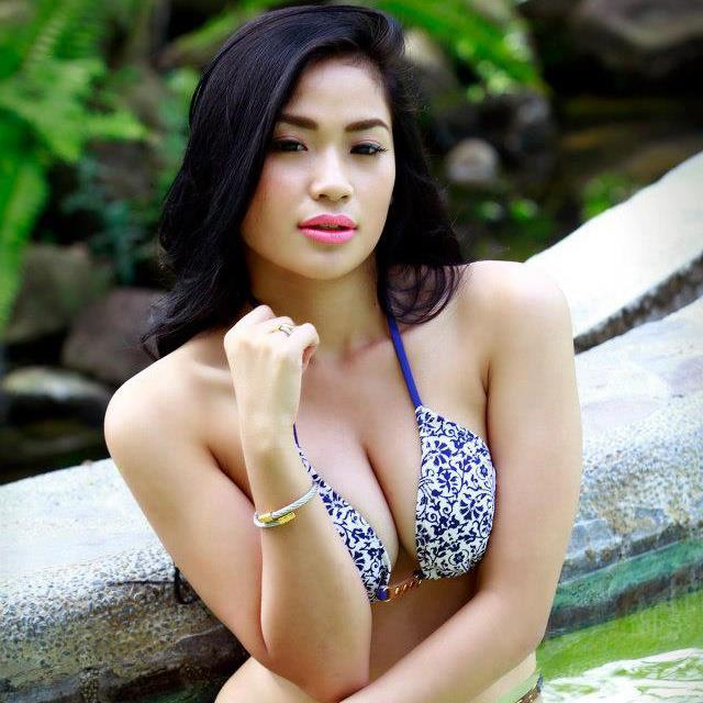 Alyzza-Agustin-Nude-Topless-Photos-www.ohfree.net-056 FHM Philippines Alyzza Agustin Nude Topless Photos Leaked