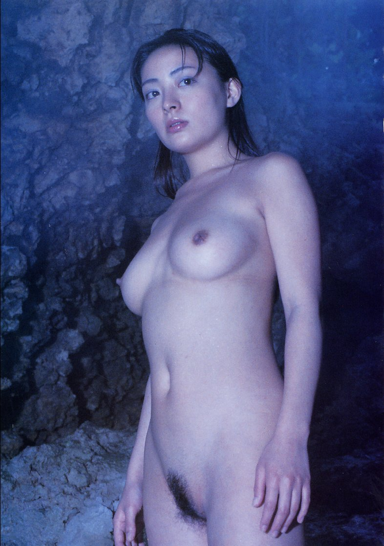 Former-gravure-idol-Emi-Yano-www.ohfree.net-017 Former gravure idol Emi Yano aka Emi Matsura or Matsuura nude photos leaked