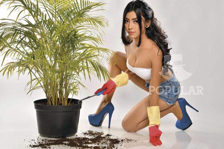 Indonesia-model-Nheyla-Putri-sexy-www.ohfree.net-029 Indonesia model Nheyla Putri sexy photos in Magazine