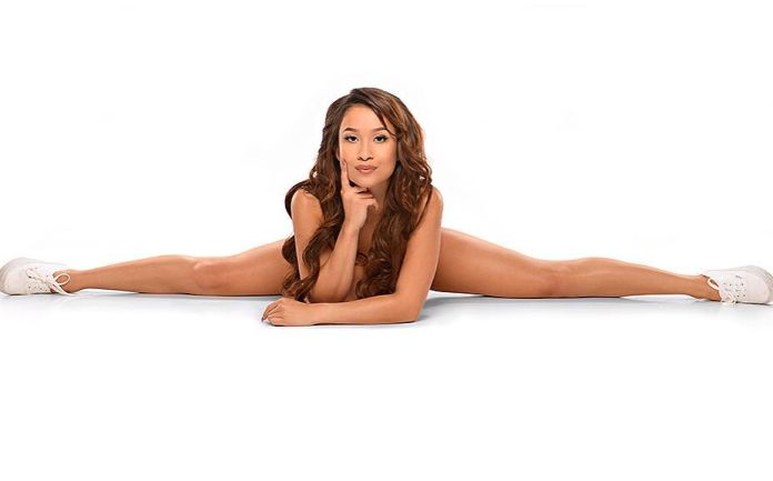 Elizabeth-Anne-Pelayo-nude-www.ohfree.net-024 American glamour model Elizabeth Anne Pelayo nude photos leaked