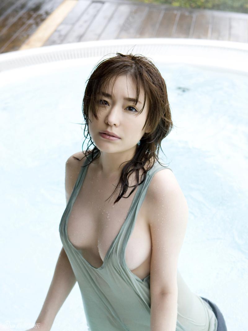 Former-AV-idol-Haruka-Nanami-by-ohfree.net-03 Japanese actress, a former AV idol Haruka Nanami 名波 はるか nude sexy