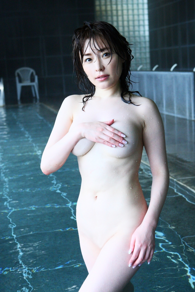 Former-AV-idol-Haruka-Nanami-by-ohfree.net-30 Japanese actress, a former AV idol Haruka Nanami 名波 はるか nude sexy